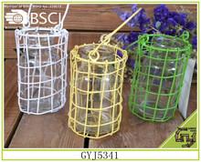 Decorativo sintético colorido cesta de ferro com alça de vidro dentro suporte de vela