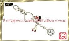 Promotional zinc alloy Roller skate quartz analog keyring watch