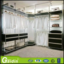 Nice looking and cheap wardrobe laminate design for bedrooms