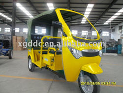Electric battery motorized rickshaw tricycle