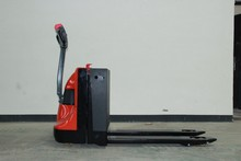 1.8T DC Motor Electric EP pallet truck
