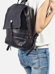 Apollinaris female leather backpack Backpack Bag Leather Korean casual bags, summer tide