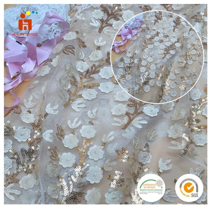 Patrón de fashional blanco 3d flor de oro lentejuelas de malla/tela de tul en el diseño más reciente
