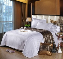 High quality 100% cotton hotel bedding set sateen pattern with 3cm thick stripe for 5 star hotel