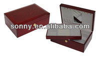 Amazing Burgundy Color Chinese ASH High Gloss Wooden Lockable Tie Gift Box