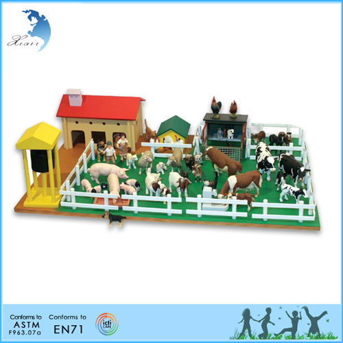 Farm set with farm animals.jpg