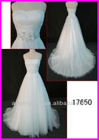 2015 guangzhou factory wholesale sweetheart tulle lace A-line wedding gowns with beading sash and satin bow 17650