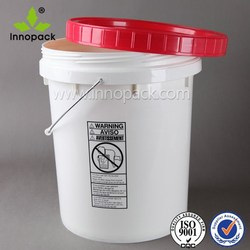 Heavy duty plastic pail amd container for packaging food/paint/liquids