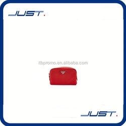 Low MOQ wholesale custom metallic pu leather cosmetic bag