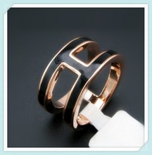 Stainless steel Europe fashion factory supply SSR-276 letter h jewelry rings with epoxy