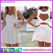 Venta al por mayor backless blanco fotos de vestido ocasional