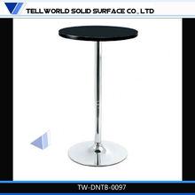 Dinstinctive High Gloss side table adjustable height