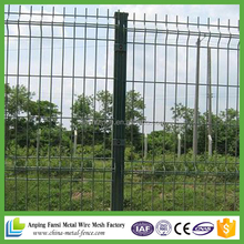 5 foot green vinyl coated 3D weldedwire mesh fence for garden