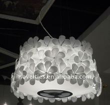 Contemporary Design Fashionable Luxury White Flower Crystal Ceiling Chandelier with 3*E27 MAX 100W