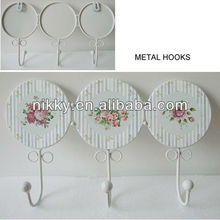 Ornamental hat and coat hangers,Decorated hangers for clothes