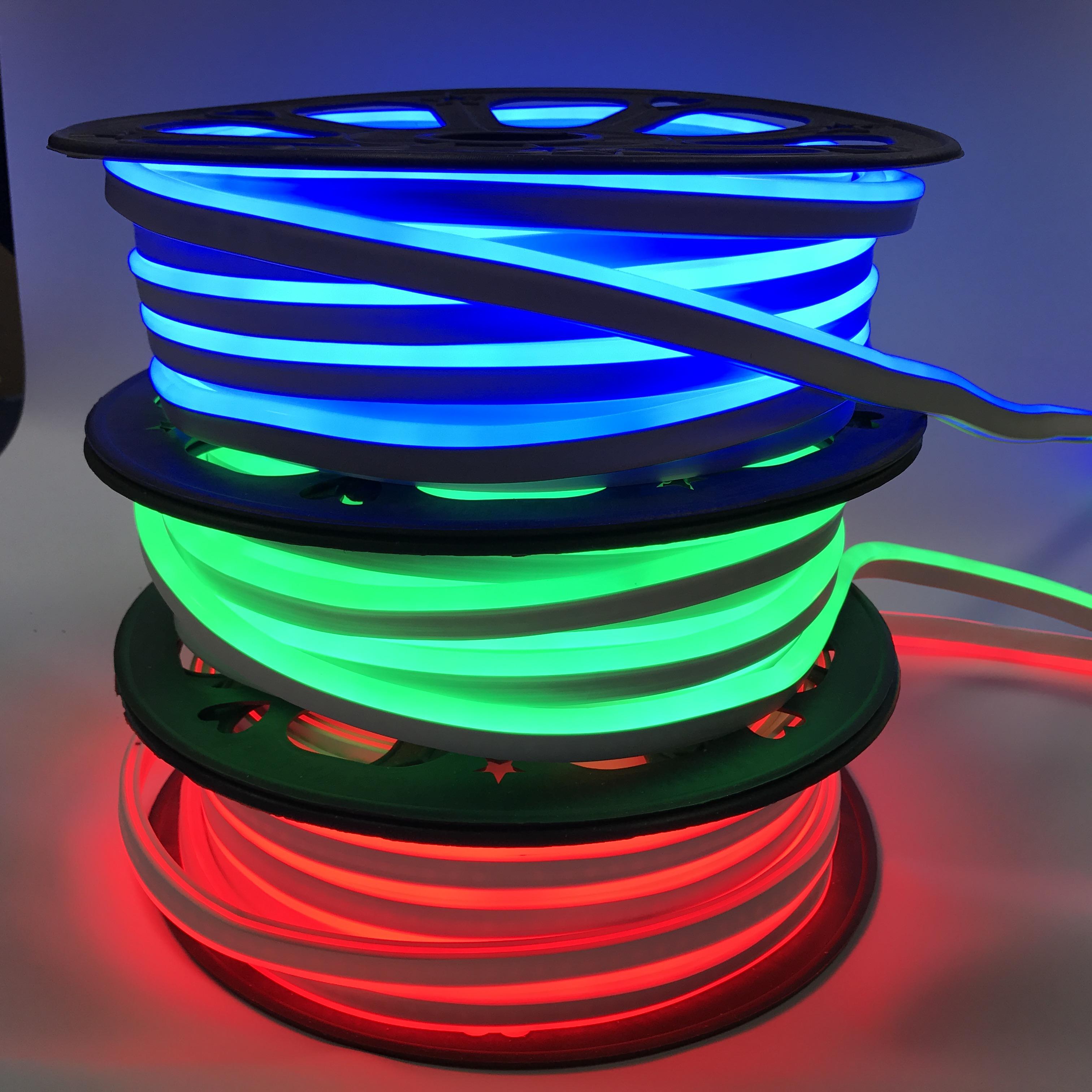IP65 IP y CE RoHS certificación RGB led emisor de neón de tira flexible