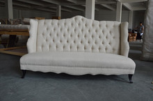 Fabric Living Room Sofa with Butterfly Wings Like Arm and Buttons Back