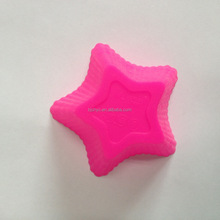 Vibrant color 1 pcs lot Silicone muffin cupcake mould Star cake molds random colors cake tools