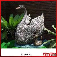 Happy Bronze Animal Family Statue Hot Cast Metal Swan Sculptures