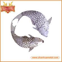 Forjado de hierro de los pescados del Metal para el jardín decorativo