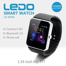 LEDO 2015 fashion watch phone hand watch mobile phone price, gt08 smart watch