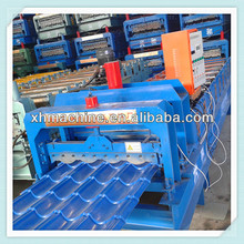 XH828 Roof steel plate glazed tile roll forming machine