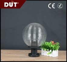 IP44 Waterproof will not color changing high quality solar garden globe light