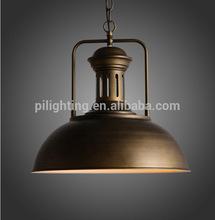 Latón antiguo lámpara colgante