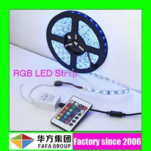 Factory 2015 hot sale 12V/24V LED strip 5050 60leds/M RGB flexible led strip light
