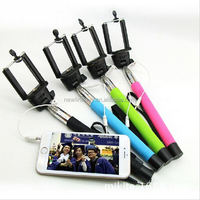 extendable selfie stick monopod with 3.5mm jack cable for cellphone