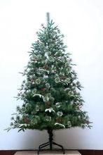 Quality OEM red tinsel artificial pvc christmas tree