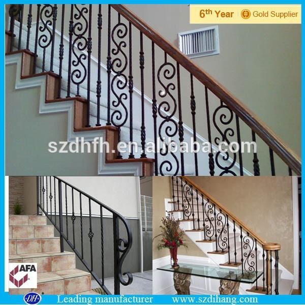 Al aire libre escaleras utiliza barandillas de hierro - Escaleras al aire ...