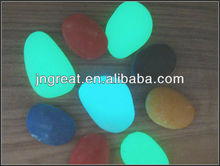 Glowing Pebbles for Garden Decoration