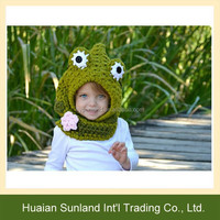 W-364 cheap fashion winter cute children animal hat crochet frog hooded cowl hat