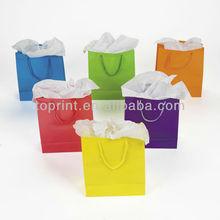 Diferente color de la bolsa de papel de los fabricantes, los proveedores& exportadores, color de papel bolsa de venta
