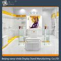 Con hermoso color decorativo ropa interior ropa exhibición de la tienda/modelo/ropa estante de exhibición