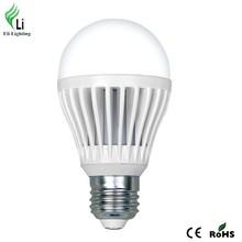 Diameter 60mm Length 110mm CE & ROHS Standard 8W COB LED Light Bulb
