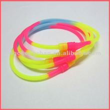 New style silicone bracelet for corporate gift