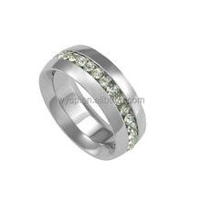 Fashion hand crafted Women's Titanium Cubic Zirconia Wedding Band