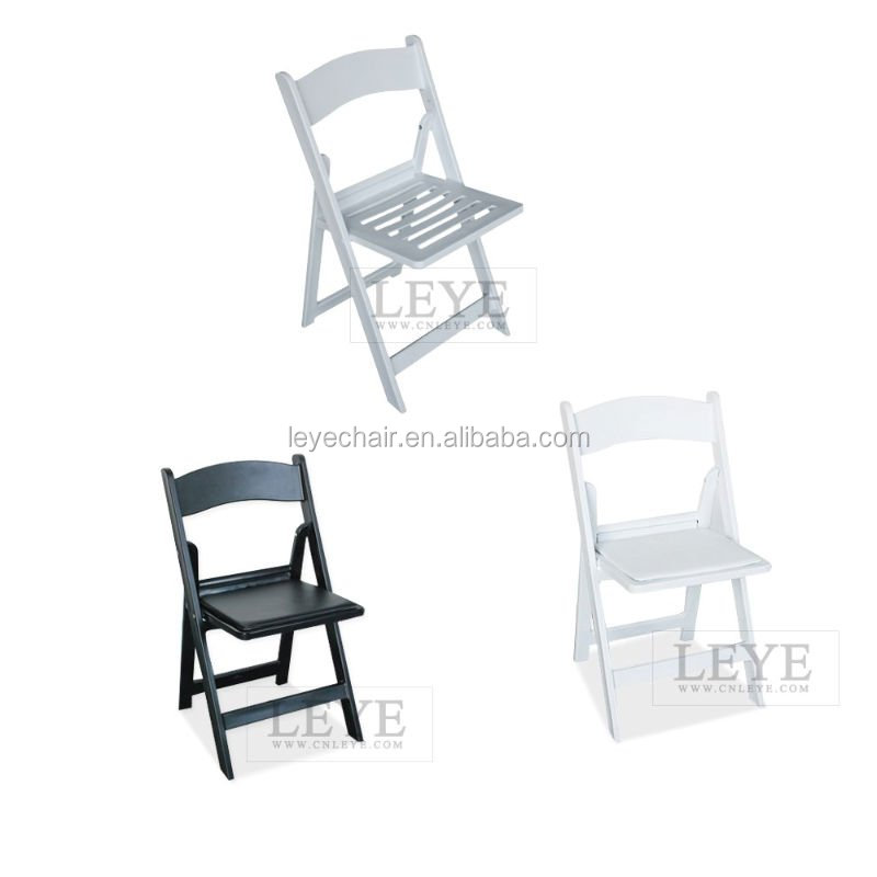 Factory Direct Elegant Resin Folding Chair Wholesale Price White Plastic Wedding Chairs For