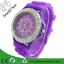 2015 GEANEL women dress rhinestone watches Ladies girl sports quartz watches silicone rubber band