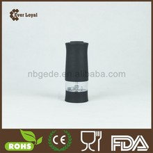 Black One Hand Operation Pump And Grind Pepper Mill