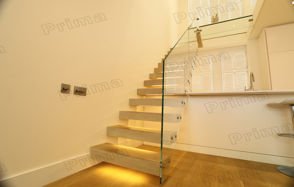 Prefabricated Floating Stairs With Laminated Glass Step