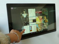 21.5 inch Android Wifi Touch screen digital photo frame for advertising