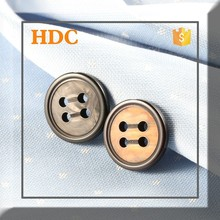 Plastic light sewing button for clothes can custom logo