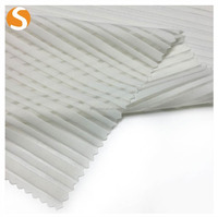 Polyester Stripe Pattern Jacquard Knitted Fabric for Women Apparel