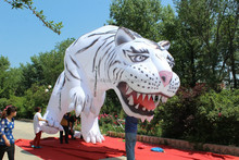 customized new style giant white inflatable tiger for decoration