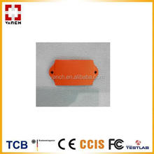 Gas cylinder UHF RFID tag with rivet hole