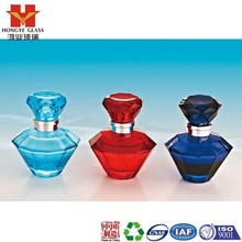 Luxury Packaging red/blue color empty cosmetic perfume fragrance glass bottle with pump HP121