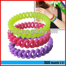 New and Fashion top 10 silicone wristband style cheap magnetic silicon wristband